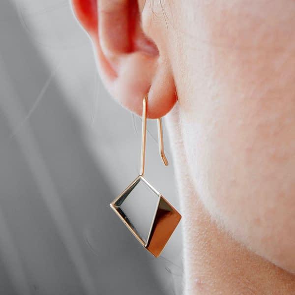 boucles d'oreilles archi grand laiton doré